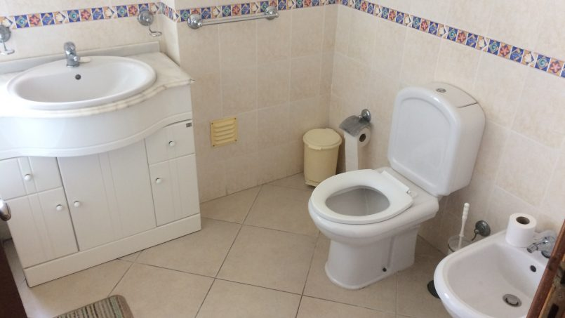 Apartamentos e moradias para alugar, ROCHA PATIO – T1 BEACH APARTMENT - PORTIMÃO em Portimão, Portugal Algarve, REF_IMG_205_5290