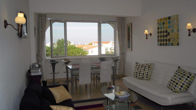 Holiday apartments and villas for rent, Cosy villa, nice see view, pools, beach just un front. Free WiFi. Quiet    Coquette villa, belle vue mer, piscine, plage juste en face. Wifi gratuit. Calme in Armação de Pêra, Portugal Algarve, REF_IMG_624_636
