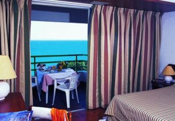 Apartamentos e moradias para alugar, T1 in Hotel Dom Pedro Portobelo 4 ****, in Vilamoura em Vilamoura, Portugal Algarve, REF_IMG_4276_4278