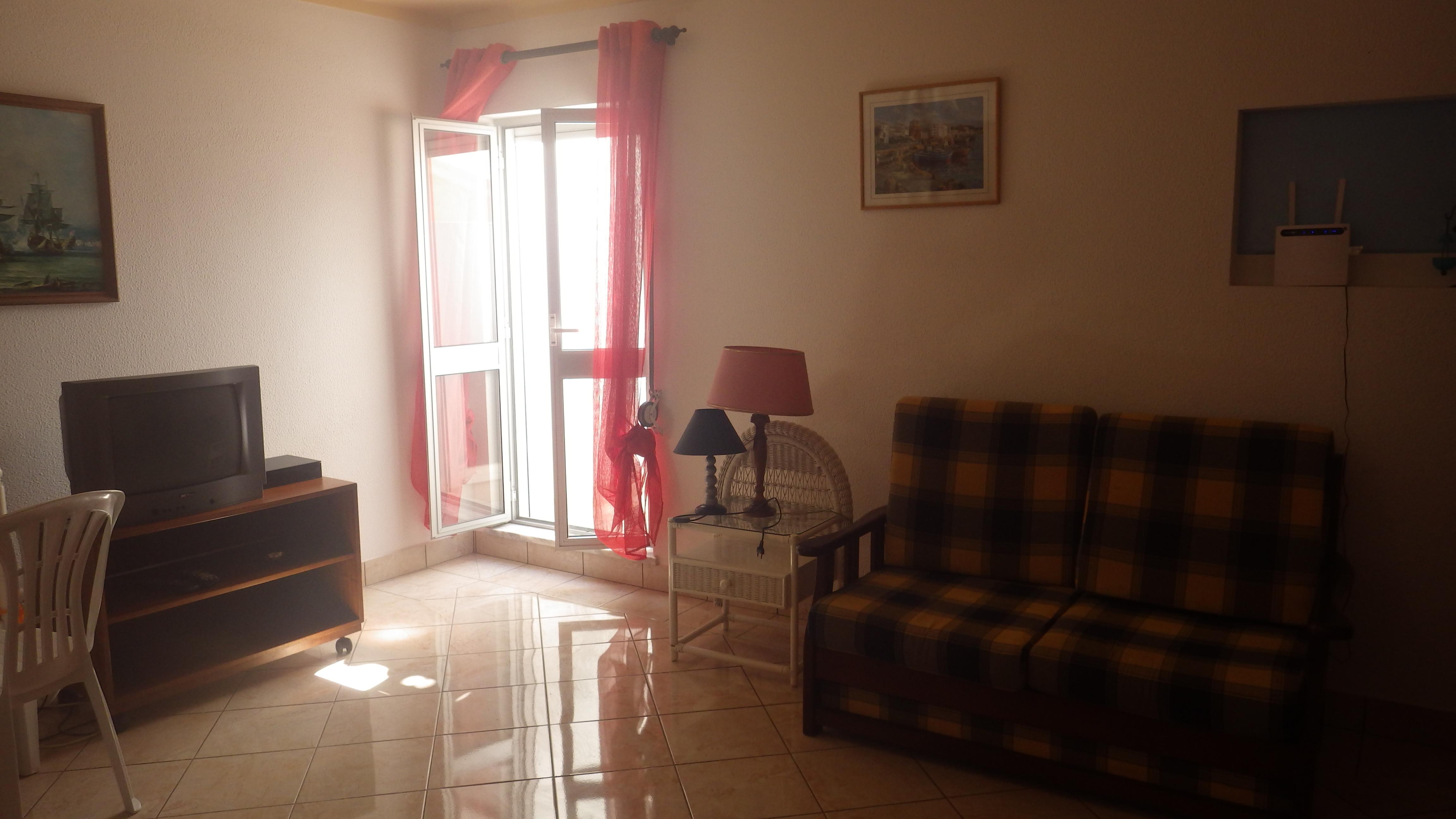 Apartamentos e moradias para alugar, T2 center em Portimão, Portugal Algarve, REF_IMG_4833_4834