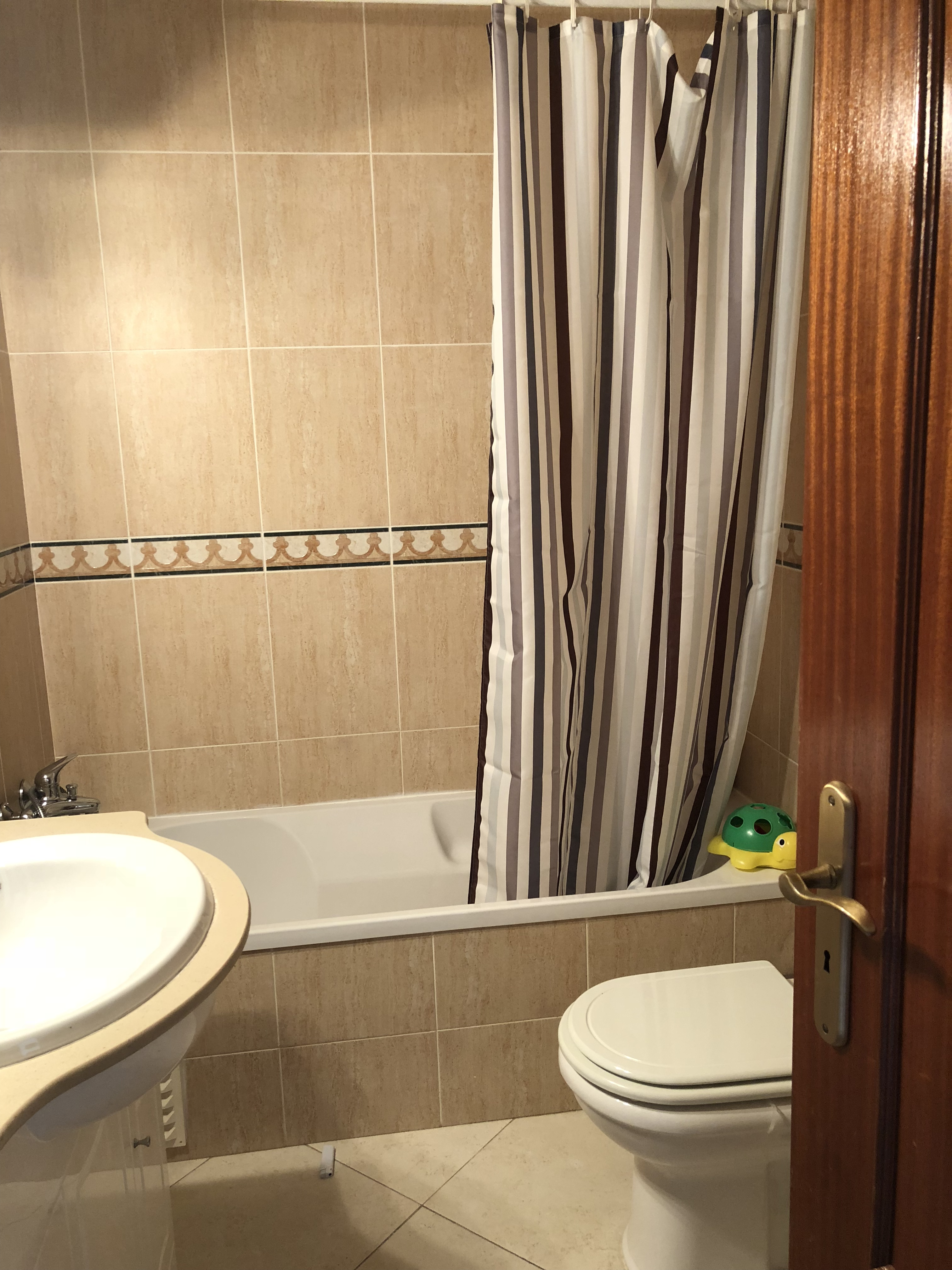 Apartamentos e moradias para alugar, Apartamento t3 em Olhão, Portugal Algarve, REF_IMG_5347_5356