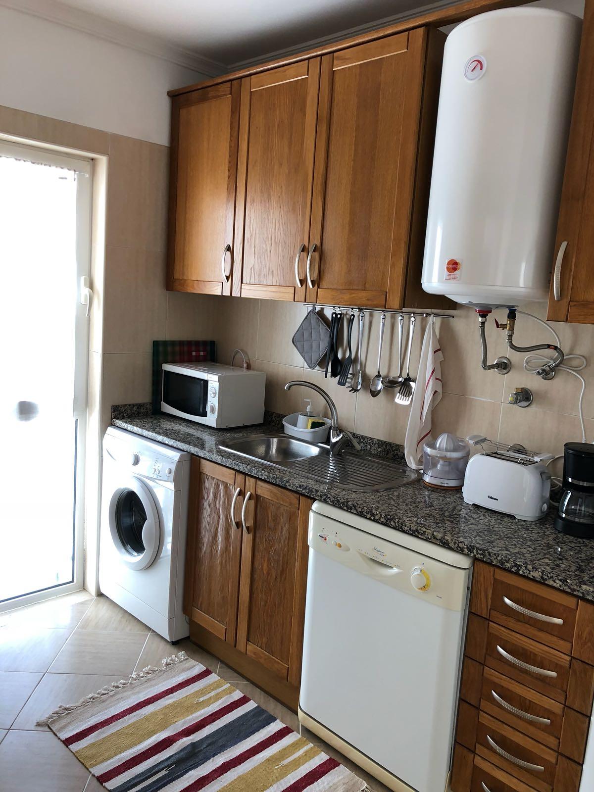 Apartamentos e moradias para alugar, Apartamento T1 - Albufeira - Piscina e Garagem em Albufeira, Portugal Algarve, REF_IMG_6128_6133