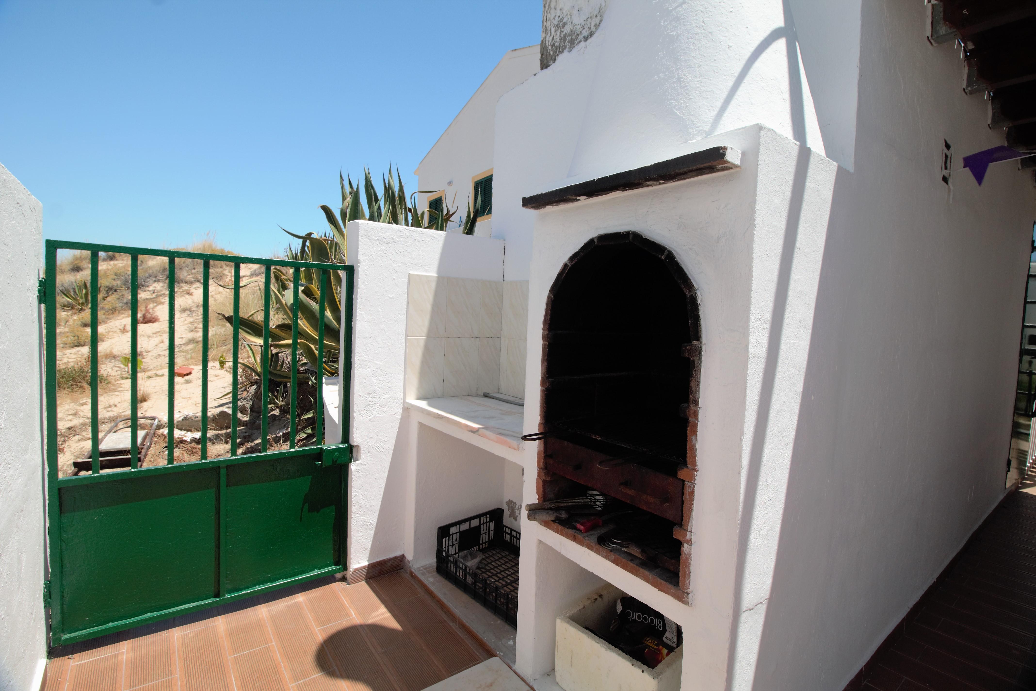 Holiday apartments and villas for rent, Moradia no Algarve com vista mar 10 mint da praia (a pé) in Olhão, Portugal Algarve, REF_IMG_6691_6706