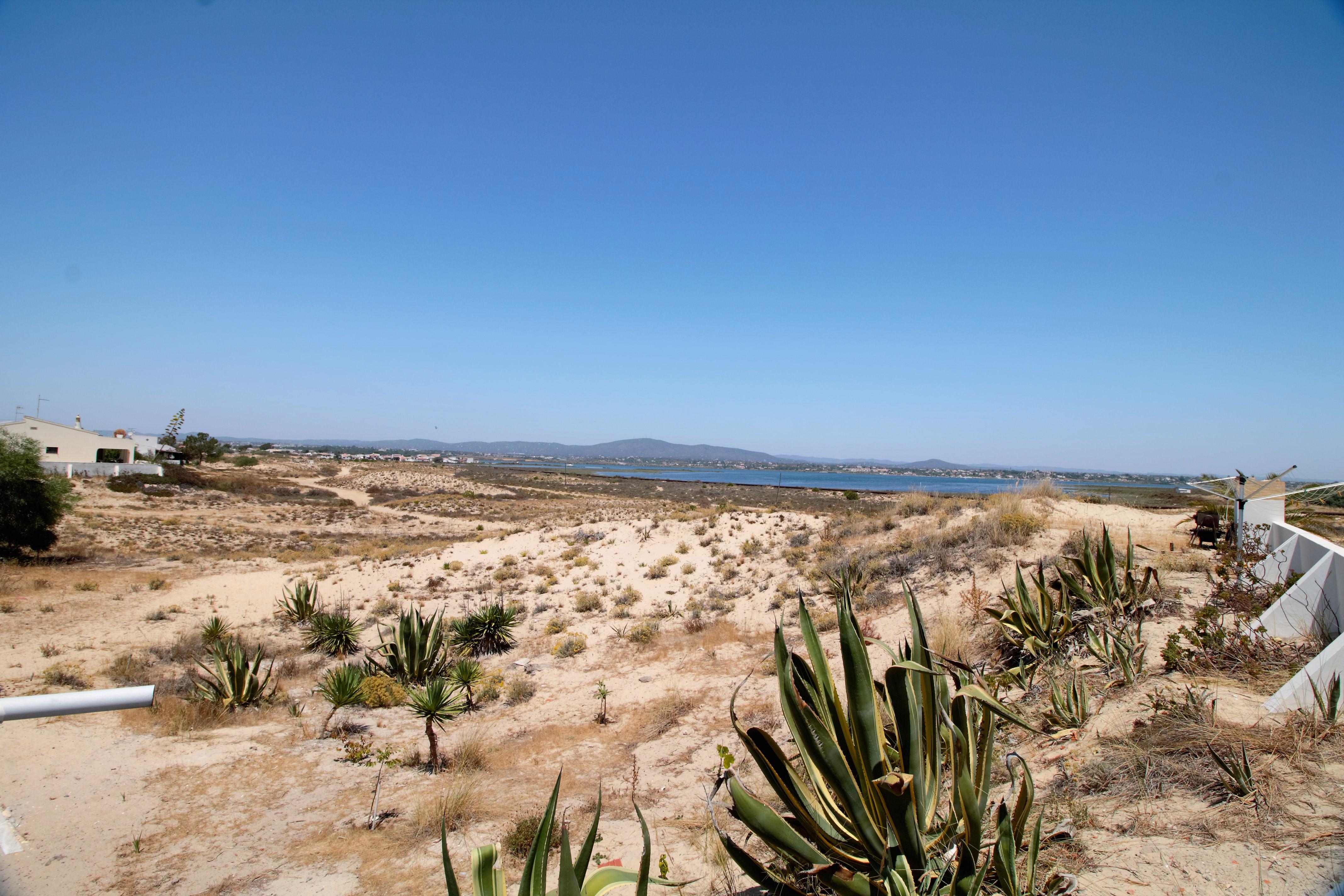 Holiday apartments and villas for rent, Moradia no Algarve com vista mar 10 mint da praia (a pé) in Olhão, Portugal Algarve, REF_IMG_6691_6707