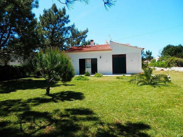 Apartamentos e moradias para alugar, Casa dos Pinheiros em Aljezur, Portugal Algarve, REF_IMG_7558_7572