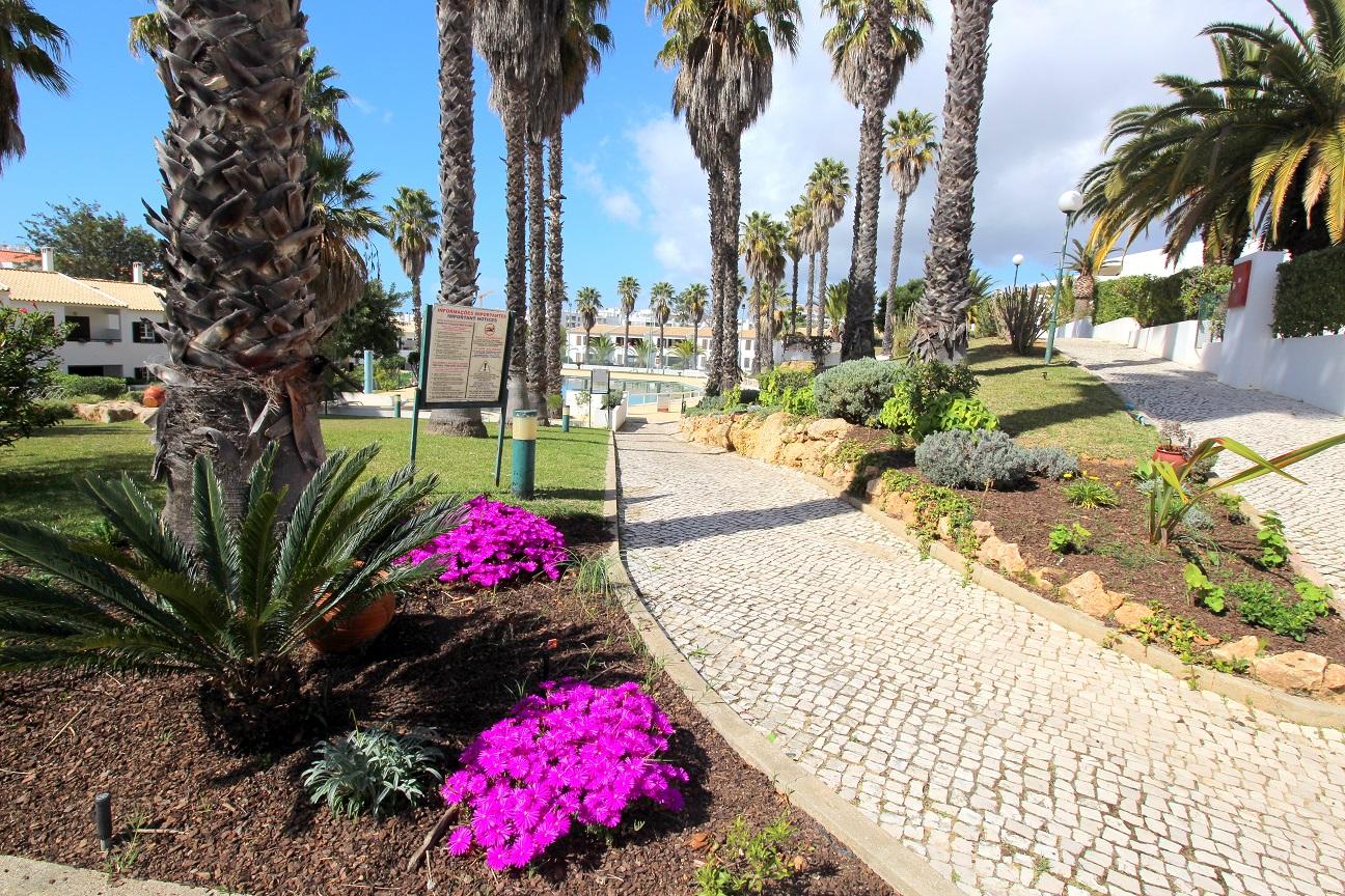 Apartamentos e moradias para alugar, Appart 2 chambres – piscine et tennis – Albufeira em Albufeira, Portugal Algarve, REF_IMG_7166_8643