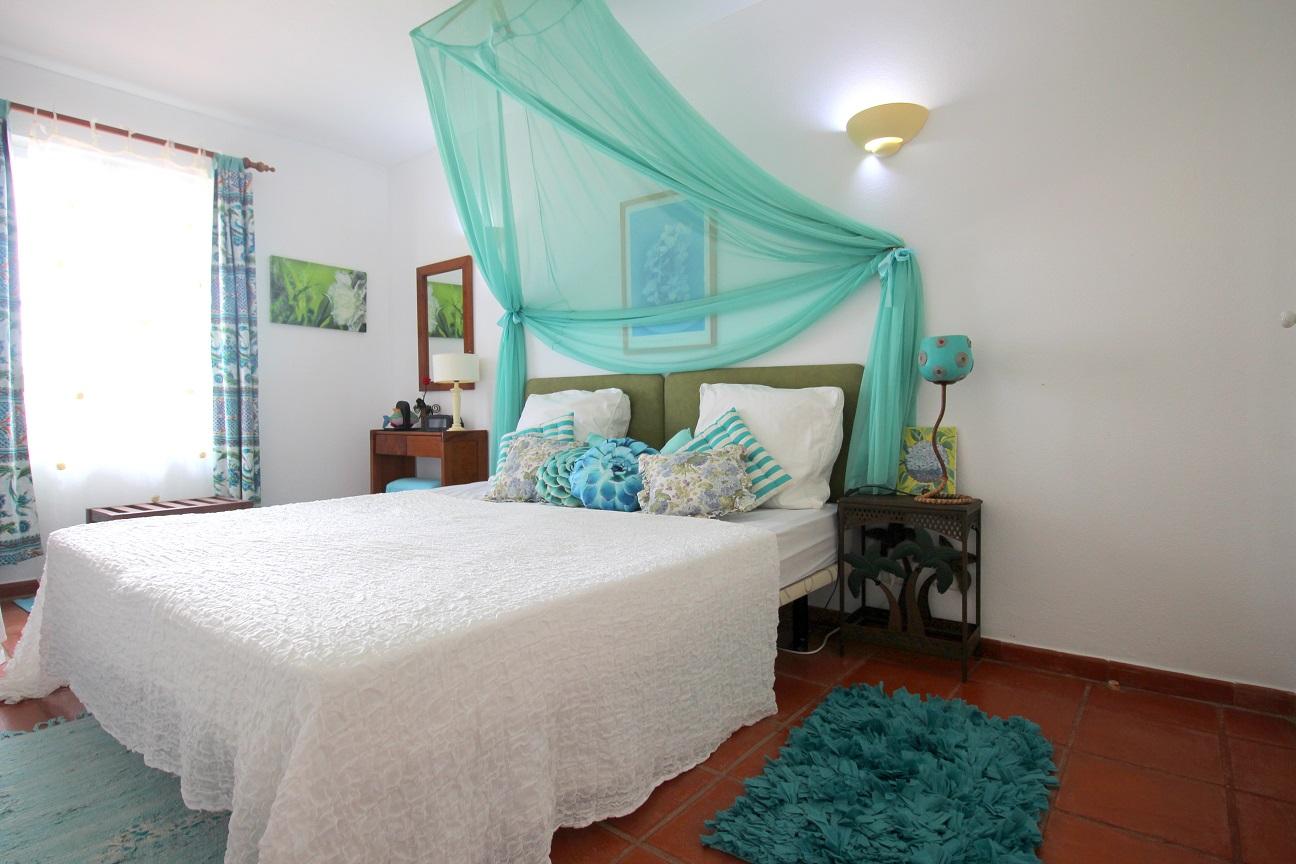 Apartamentos e moradias para alugar, Appart 2 chambres – piscine et tennis – Albufeira em Albufeira, Portugal Algarve, REF_IMG_7166_8638