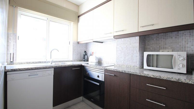 Apartamentos e moradias para alugar, APPT LES PIEDS DANS L'EAU – ALGARVE em Armação de Pêra, Portugal Algarve, REF_IMG_7108_8651