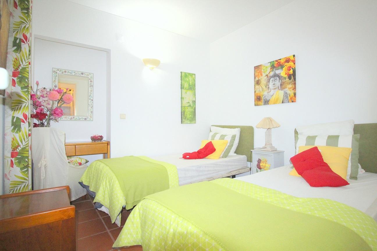 Apartamentos e moradias para alugar, Appart 2 chambres – piscine et tennis – Albufeira em Albufeira, Portugal Algarve, REF_IMG_7166_8639