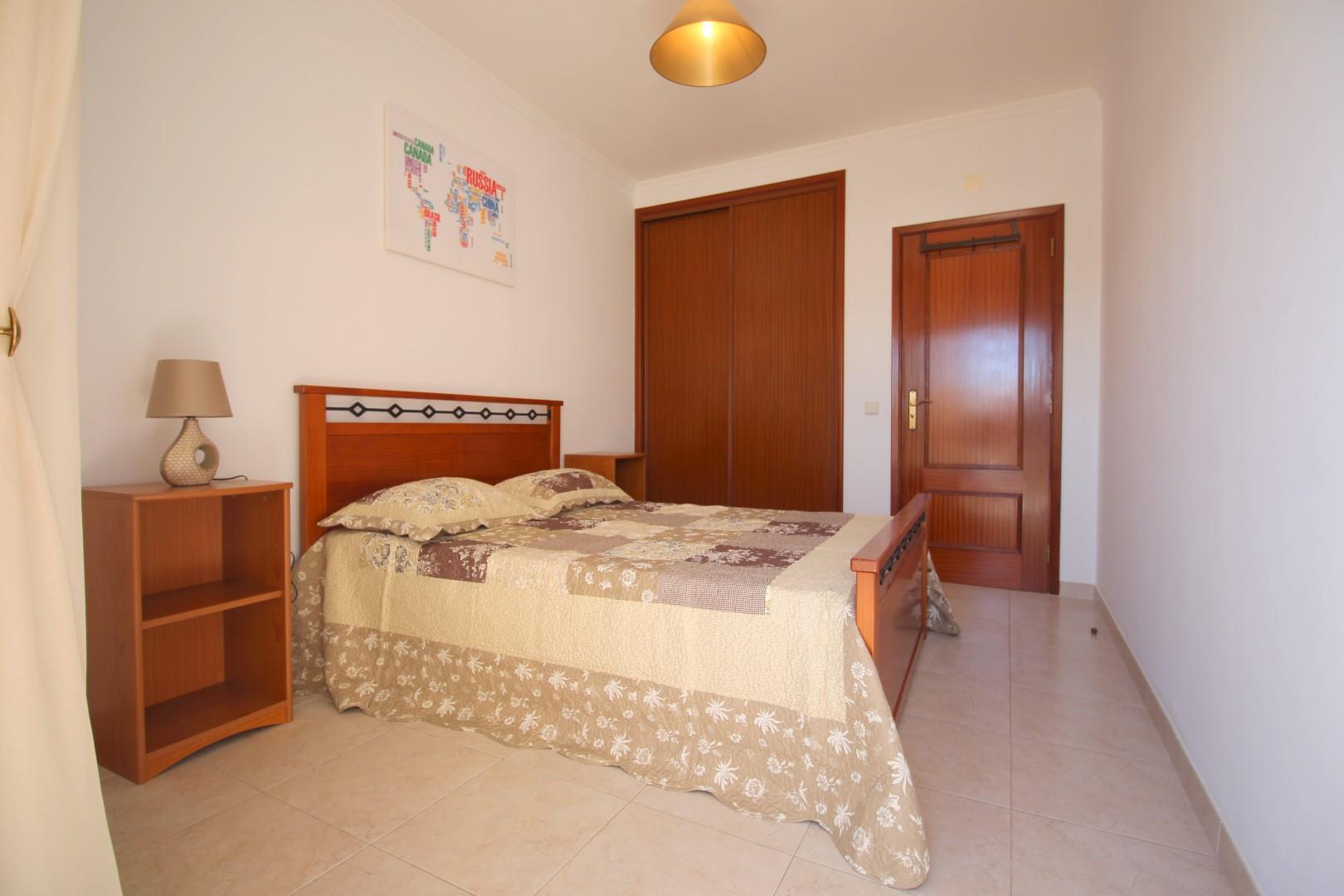 Apartamentos e moradias para alugar, Appartement 350m de la plage – Armação-de-Pêra em Armação de Pêra, Portugal Algarve, REF_IMG_6867_8697
