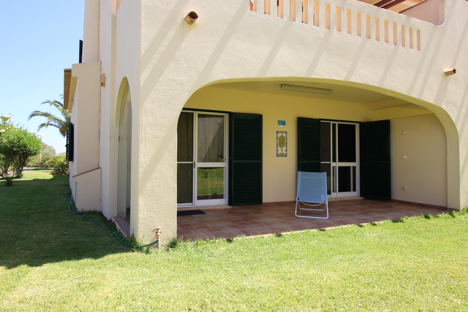 Location appartements et villas de vacance, Appartement avec piscine et terrasse – Porches à Porches (8400), Portugal Algarve, REF_IMG_8812_8818
