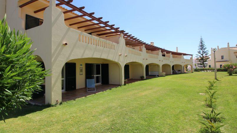 Apartamentos e moradias para alugar, Appartement avec piscine et terrasse – Porches em Porches (8400), Portugal Algarve, REF_IMG_8812_8819