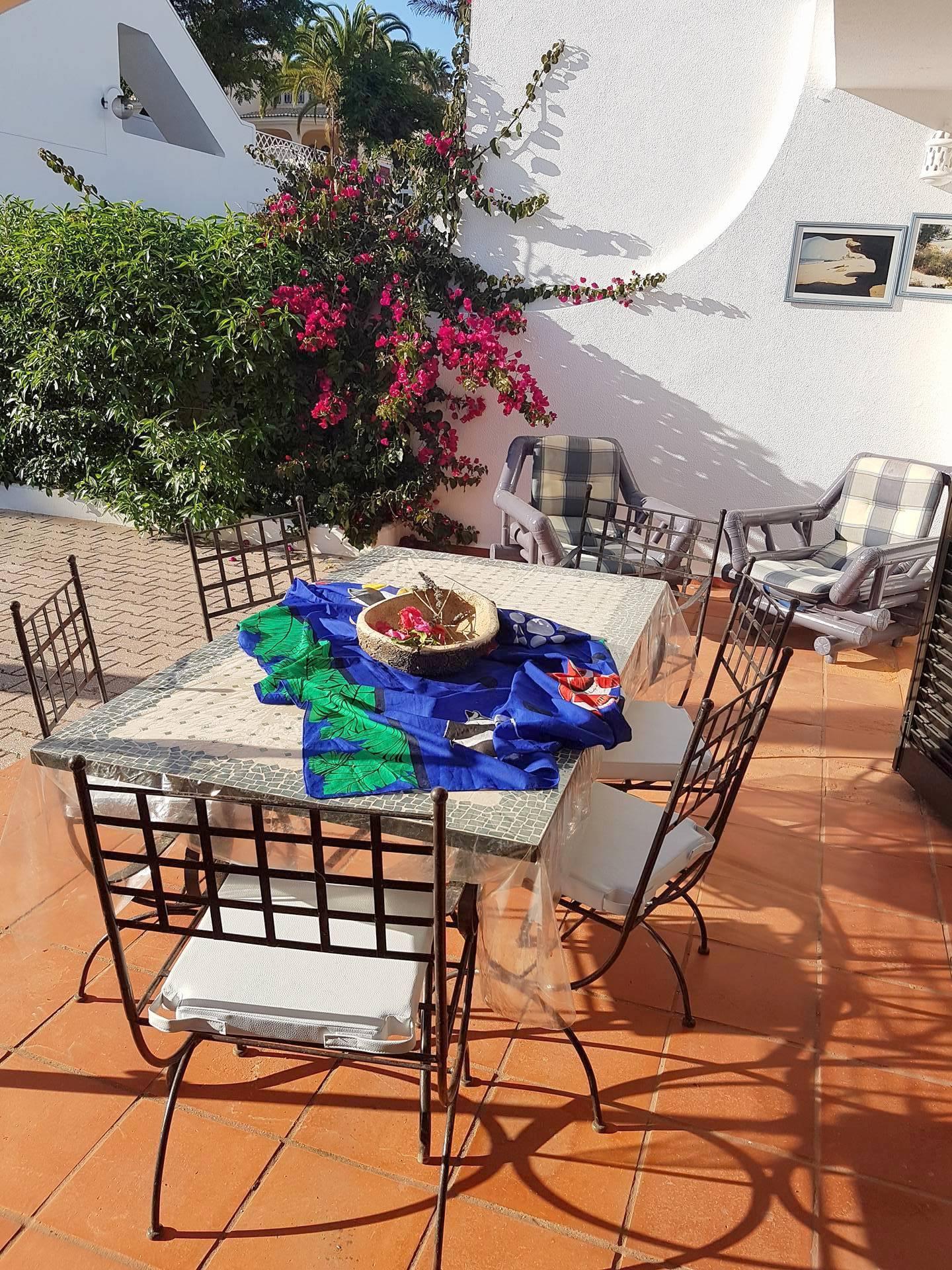 Apartamentos e moradias para alugar, Appart 2 chambres – piscine et tennis – Albufeira em Albufeira, Portugal Algarve, REF_IMG_7166_8634