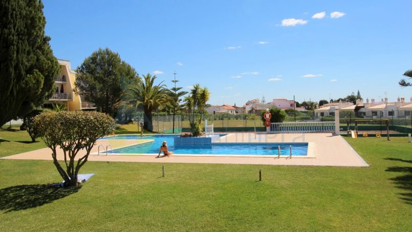 Holiday apartments and villas for rent, Appart avec grande terrasse privée et piscine – Porches in Porches, Portugal Algarve, REF_IMG_6886_8690