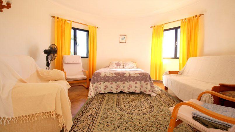 Holiday apartments and villas for rent, VILLA AVEC PISCINE A 4KM DE LA PLAGE – PORCHES in Porches, Portugal Algarve, REF_IMG_7090_8680