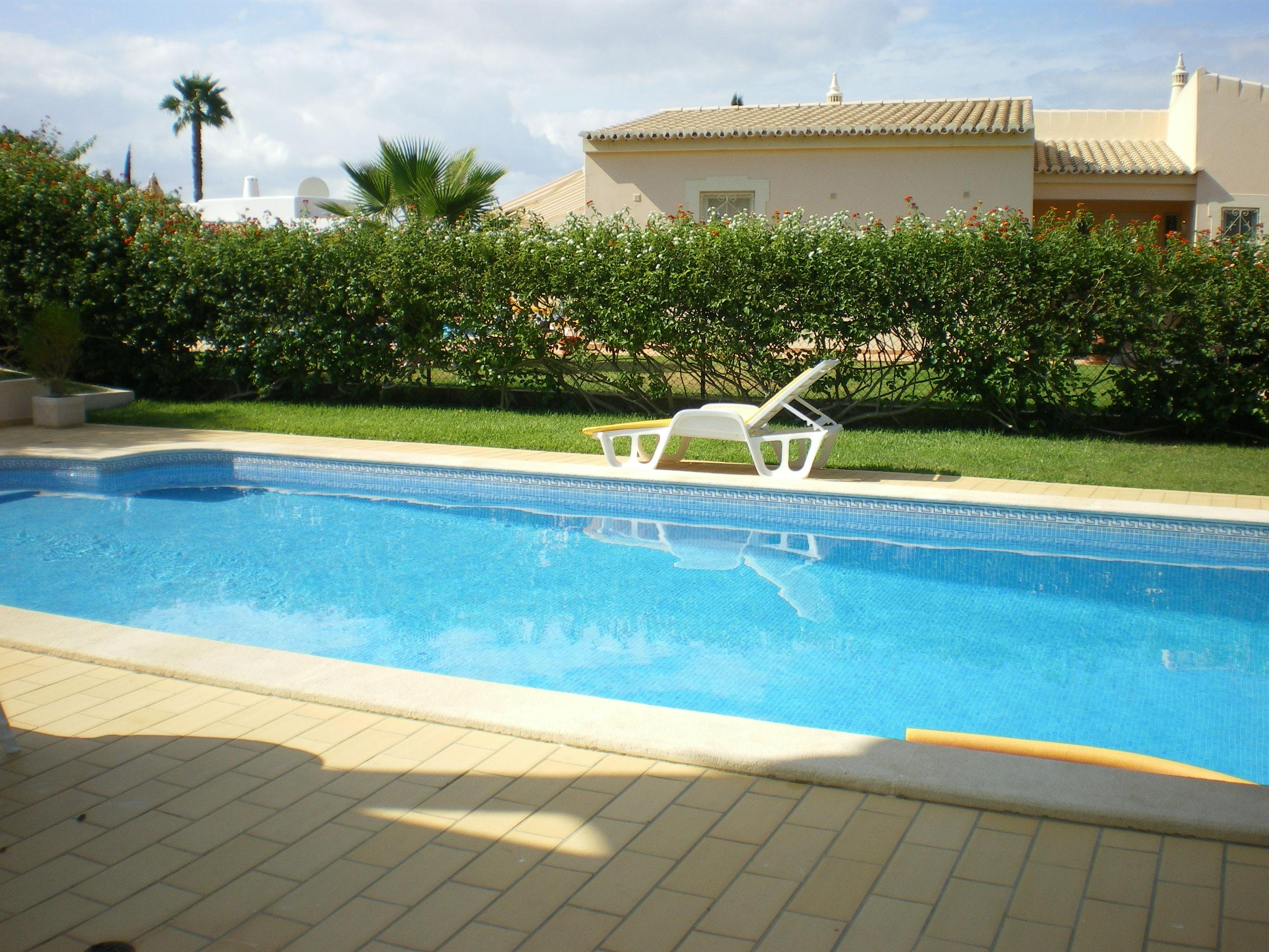 Apartamentos e moradias para alugar, Maison avec piscine en Algarve au sud du Portugal em Lagoa, Portugal Algarve, REF_IMG_7550_8892