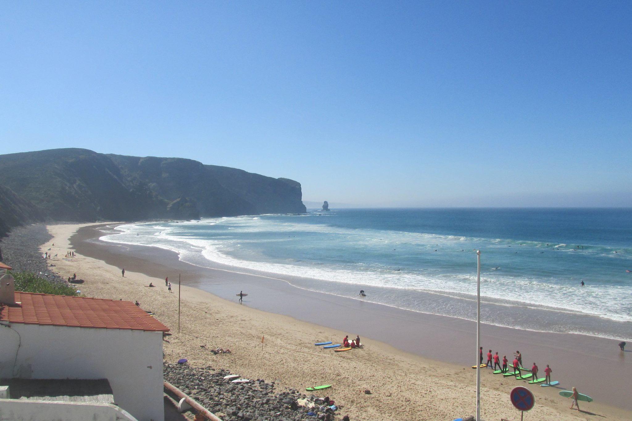 Holiday apartments and villas for rent, Cosy Villa near the best beaches on the Algarve West Coast in Urbanização Vale da Telha Aljezur, Portugal Algarve, REF_IMG_8514_8519