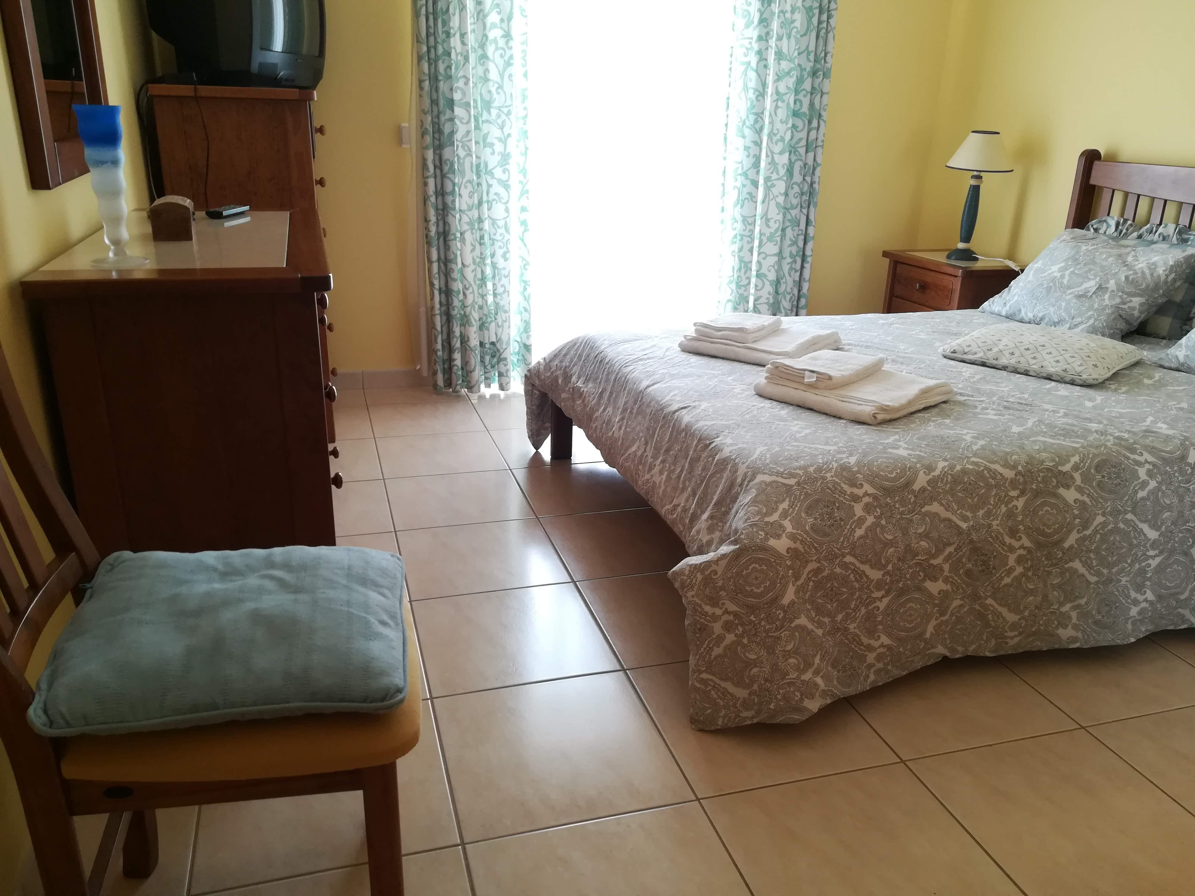 Location appartements et villas de vacance, Apartamento com terraço, perto da praia à Armação de Pêra, Portugal Algarve, REF_IMG_9160_9168