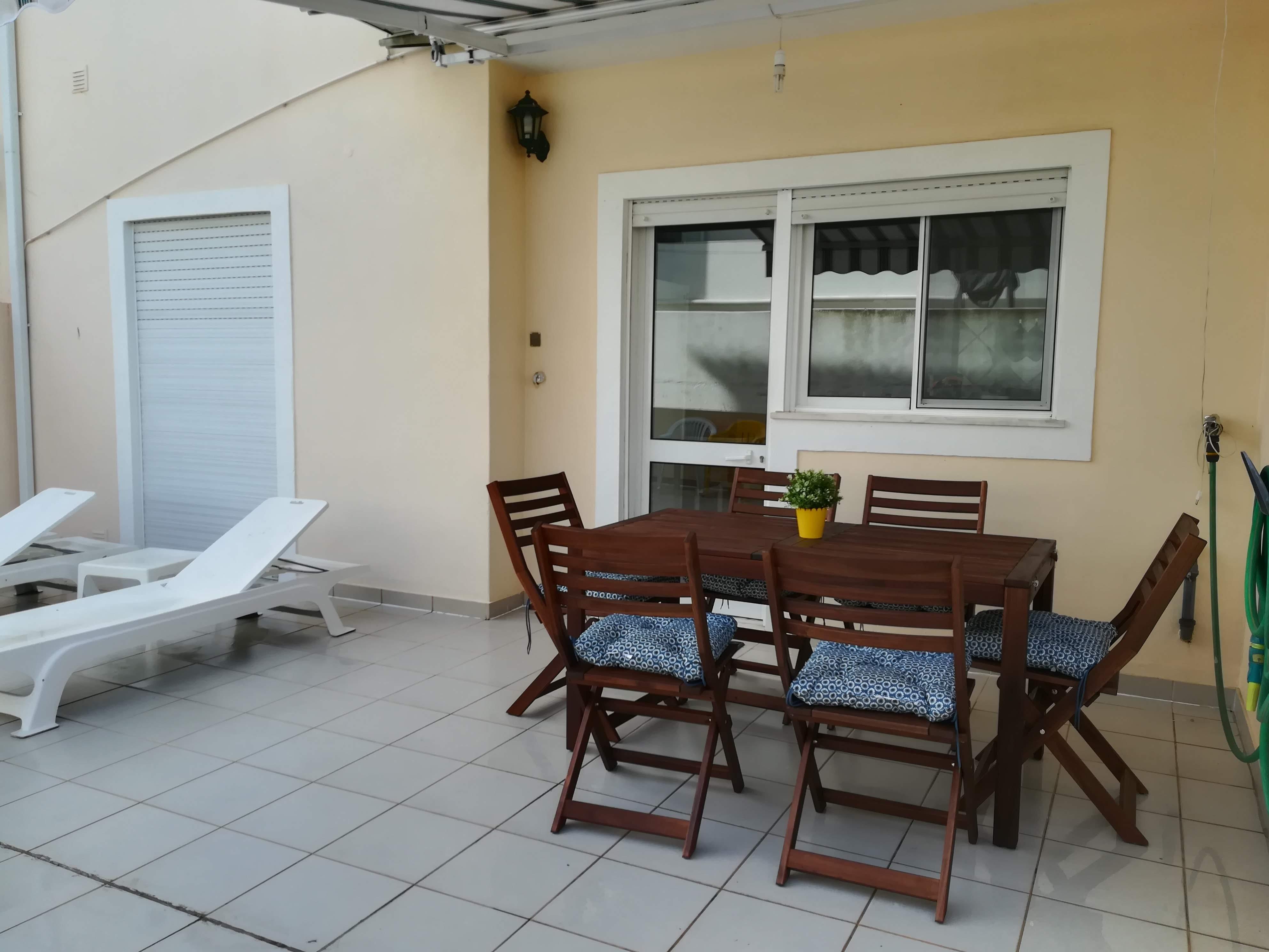Location appartements et villas de vacance, Apartamento com terraço, perto da praia à Armação de Pêra, Portugal Algarve, REF_IMG_9160_9161