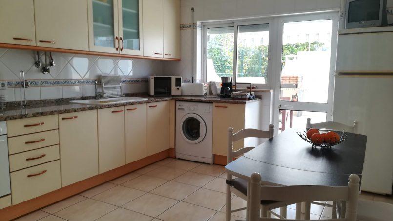 Apartamentos e moradias para alugar, Apartamento com terraço, perto da praia em Armação de Pêra, Portugal Algarve, REF_IMG_9160_9174