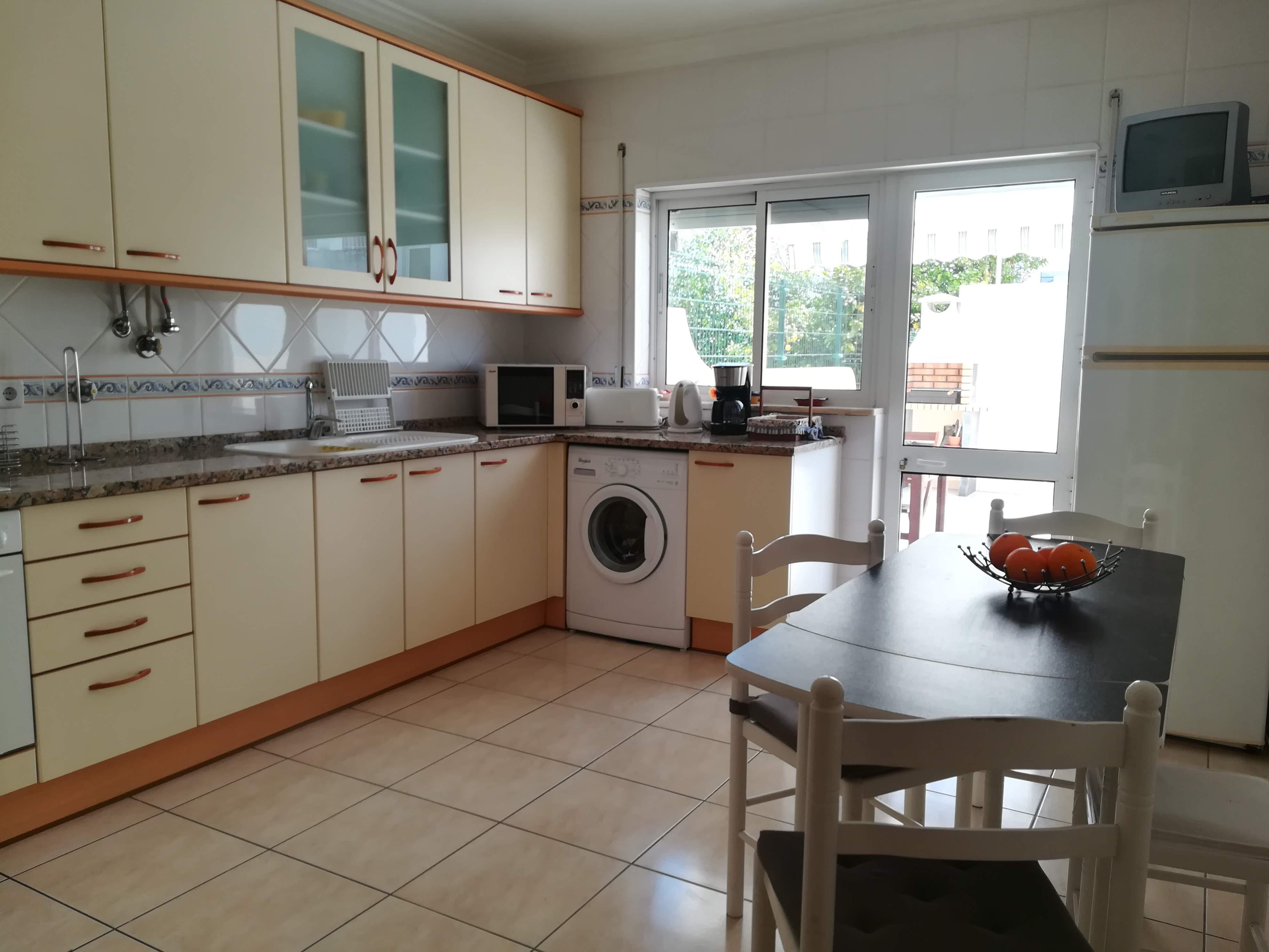 Location appartements et villas de vacance, Apartamento com terraço, perto da praia à Armação de Pêra, Portugal Algarve, REF_IMG_9160_9174