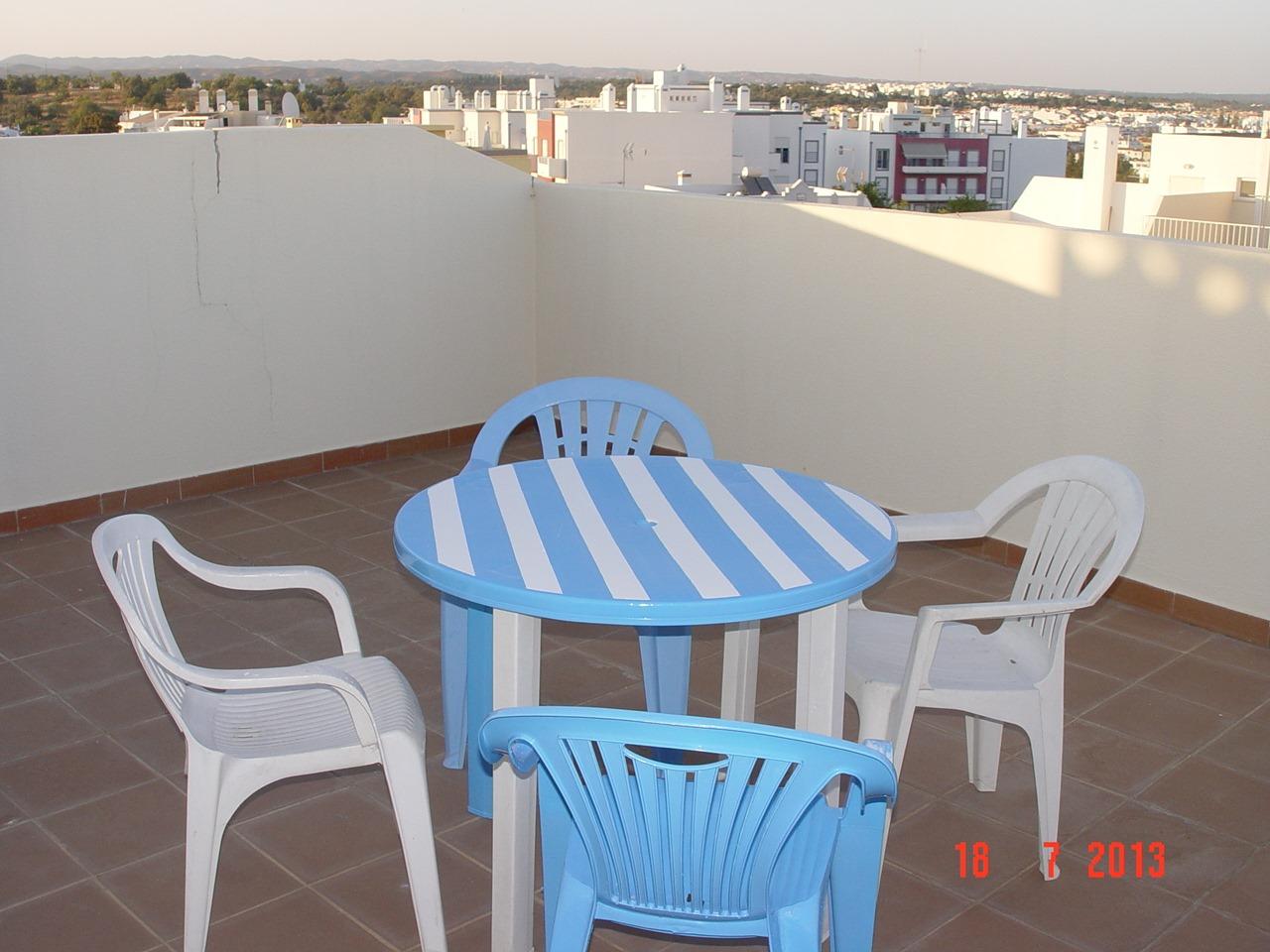 Apartamentos e moradias para alugar, T2 em Tavira para férias Julho, Setembro. em Tavira, Portugal Algarve, REF_IMG_9768_10575