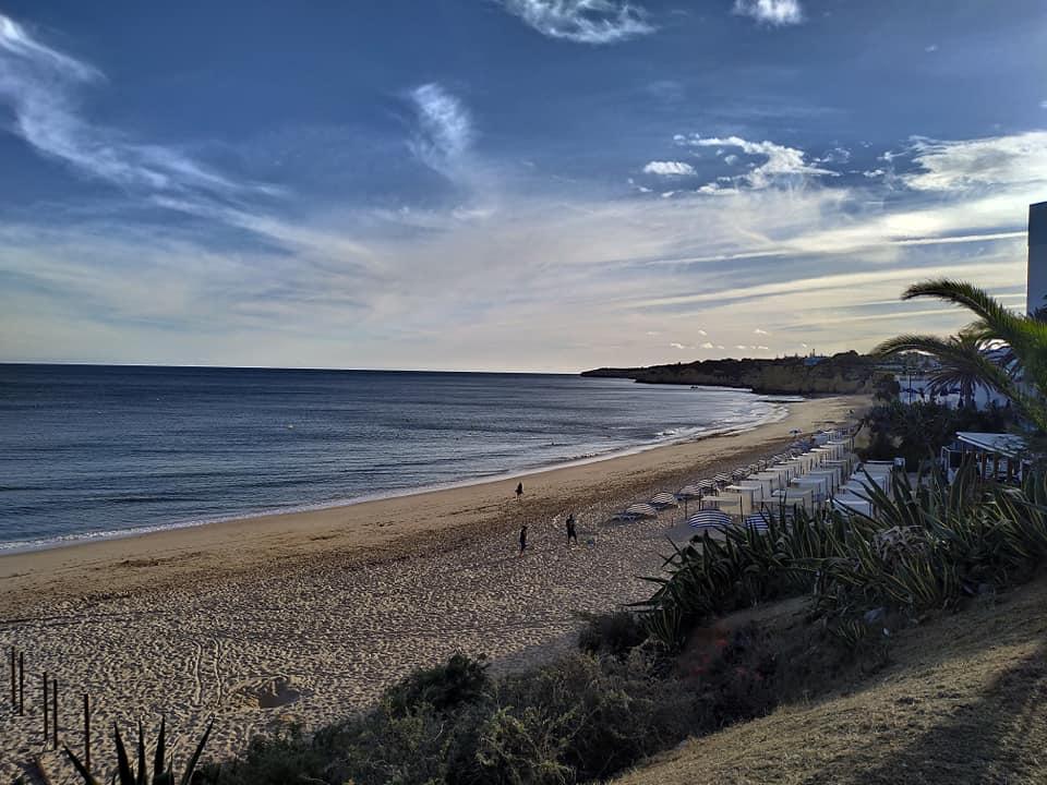 Apartamentos e moradias para alugar, Excelente apartamento T2 a 100 metros da praia totalmente remodelado em Armação de Pêra, Portugal Algarve, REF_IMG_10481_10559