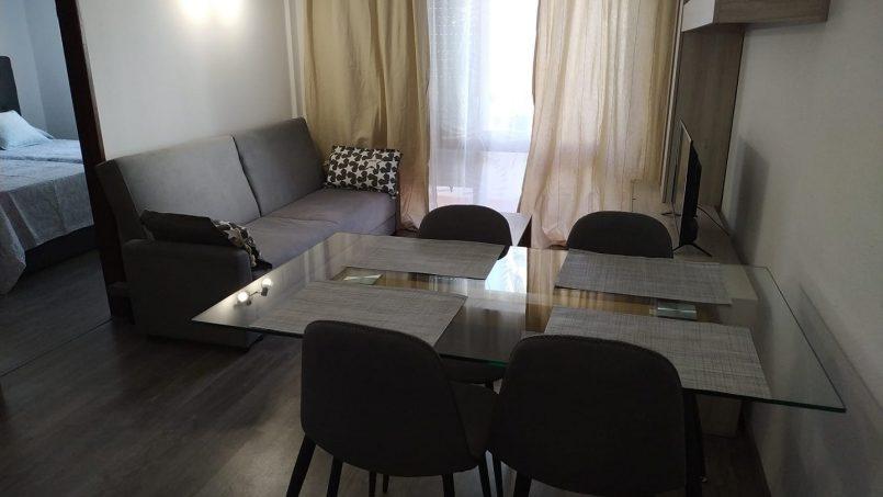 Apartamentos e moradias para alugar, Excelente apartamento T2 a 100 metros da praia totalmente remodelado em Armação de Pêra, Portugal Algarve, REF_IMG_10481_10555