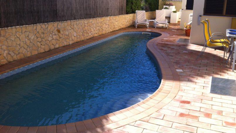 Apartamentos e moradias para alugar, Sunny 4 bedroom villa with pool em Carvoeiro, Portugal Algarve, REF_IMG_9381_9835