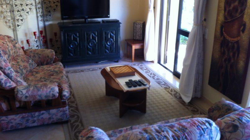 Apartamentos e moradias para alugar, Sunny 4 bedroom villa with pool em Carvoeiro, Portugal Algarve, REF_IMG_9381_9840