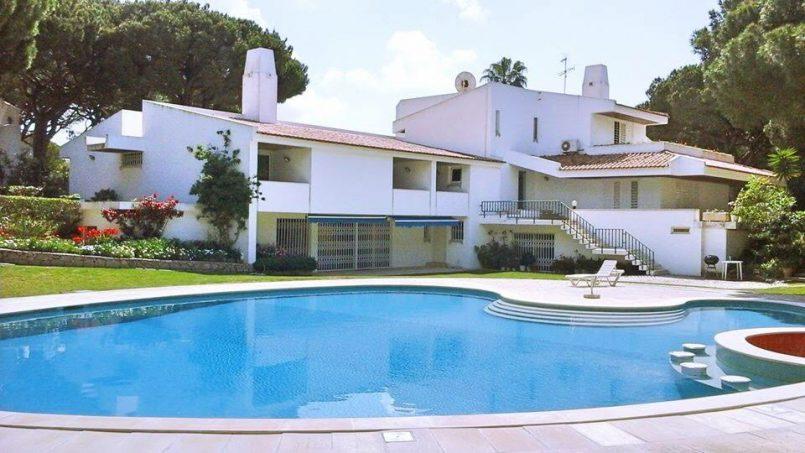 Location appartements et villas de vacance, Algarve Vilamoura Villa avec court tennis à Quarteira, Portugal Algarve, REF_IMG_10395_10456