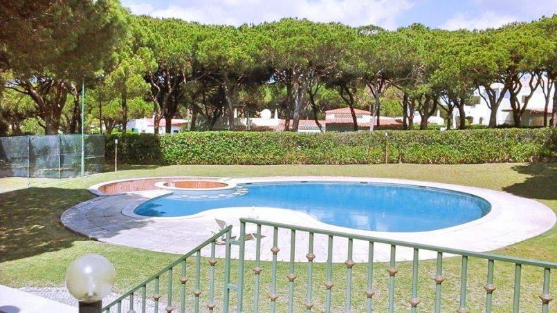 Location appartements et villas de vacance, Algarve Vilamoura Villa avec court tennis à Quarteira, Portugal Algarve, REF_IMG_10395_10459