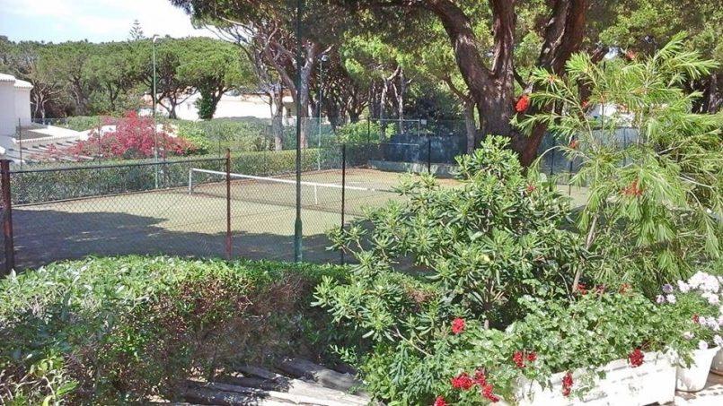 Location appartements et villas de vacance, Algarve Vilamoura Villa avec court tennis à Quarteira, Portugal Algarve, REF_IMG_10395_10460