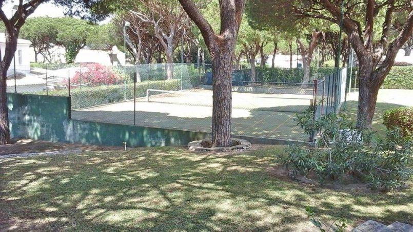 Location appartements et villas de vacance, Algarve Vilamoura Villa avec court tennis à Quarteira, Portugal Algarve, REF_IMG_10395_10478