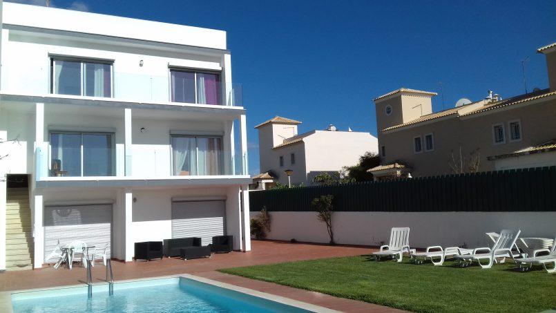 Apartamentos e moradias para alugar, T2 a 500m da praia da Galé, para a praia vai a pé,… em Albufeira, Portugal Algarve, REF_IMG_11013_11017