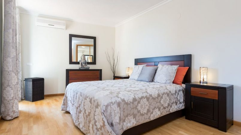 Apartamentos e moradias para alugar, MEIA PRAIA SEAVIEW BEACHFRONT LUX APT em Lagos, Portugal Algarve, REF_IMG_11238_11239