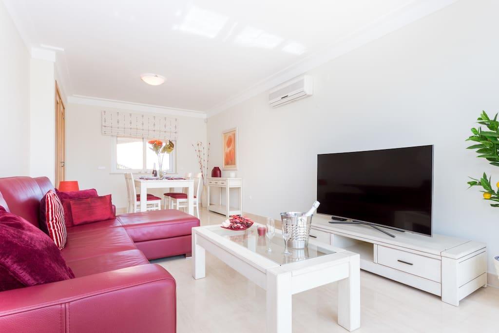Apartamentos e moradias para alugar, MEIA PRAIA SEAVIEW BEACHFRONT LUX APT em Lagos, Portugal Algarve, REF_IMG_11238_11241