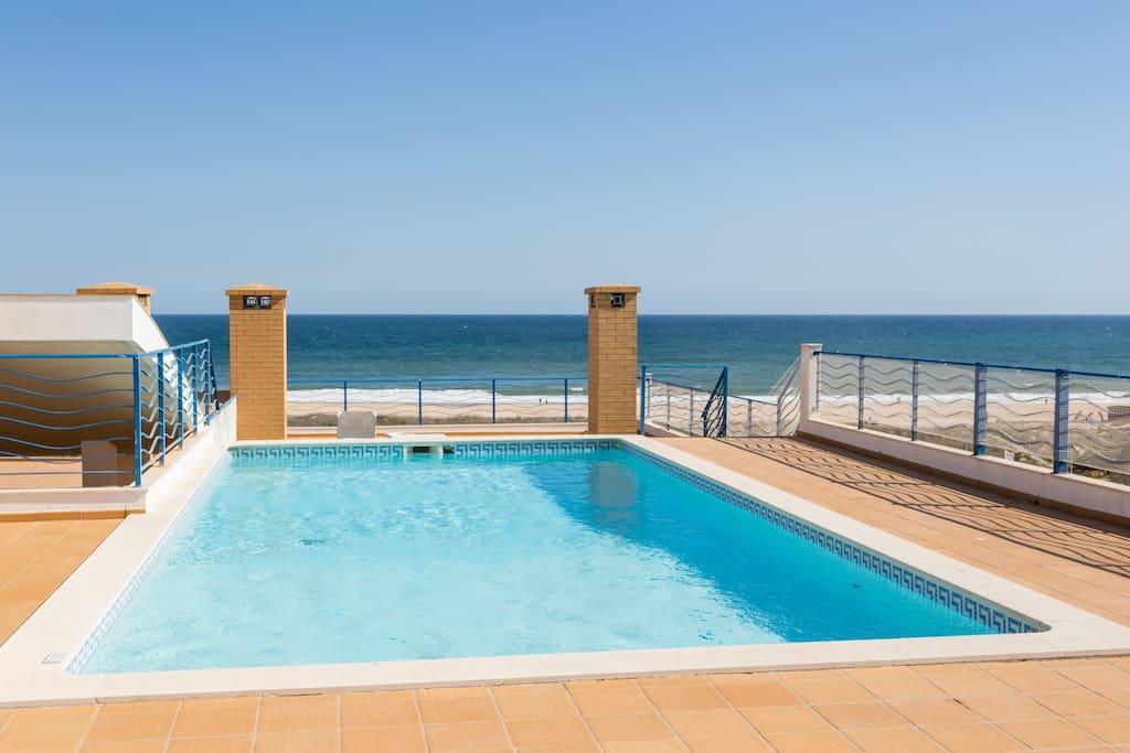 Apartamentos e moradias para alugar, MEIA PRAIA SEAVIEW BEACHFRONT LUX APT em Lagos, Portugal Algarve, REF_IMG_11238_11248