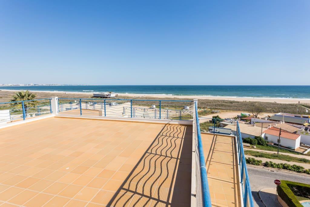 Apartamentos e moradias para alugar, MEIA PRAIA SEAVIEW BEACHFRONT LUX APT em Lagos, Portugal Algarve, REF_IMG_11238_11252