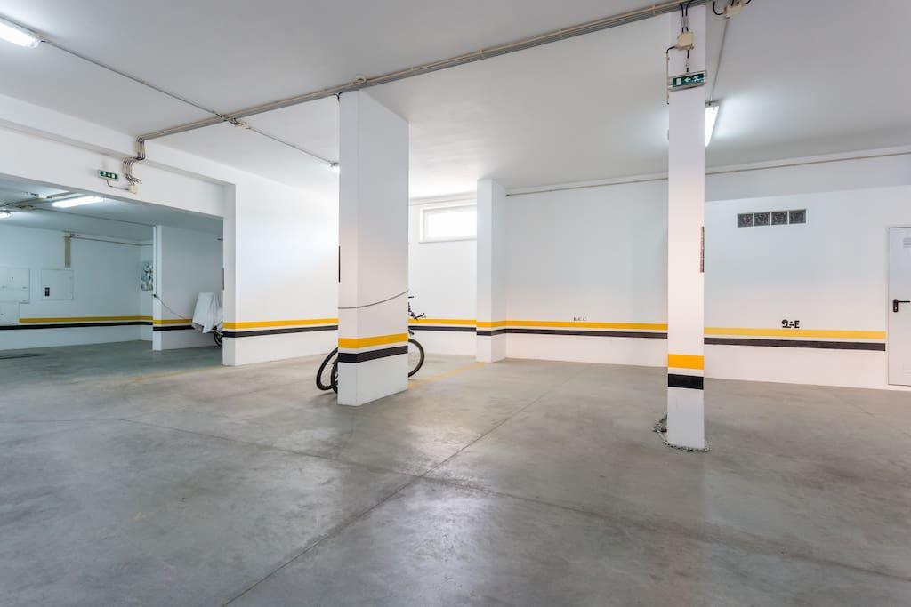 Apartamentos e moradias para alugar, MEIA PRAIA SEAVIEW BEACHFRONT LUX APT em Lagos, Portugal Algarve, REF_IMG_11238_11254