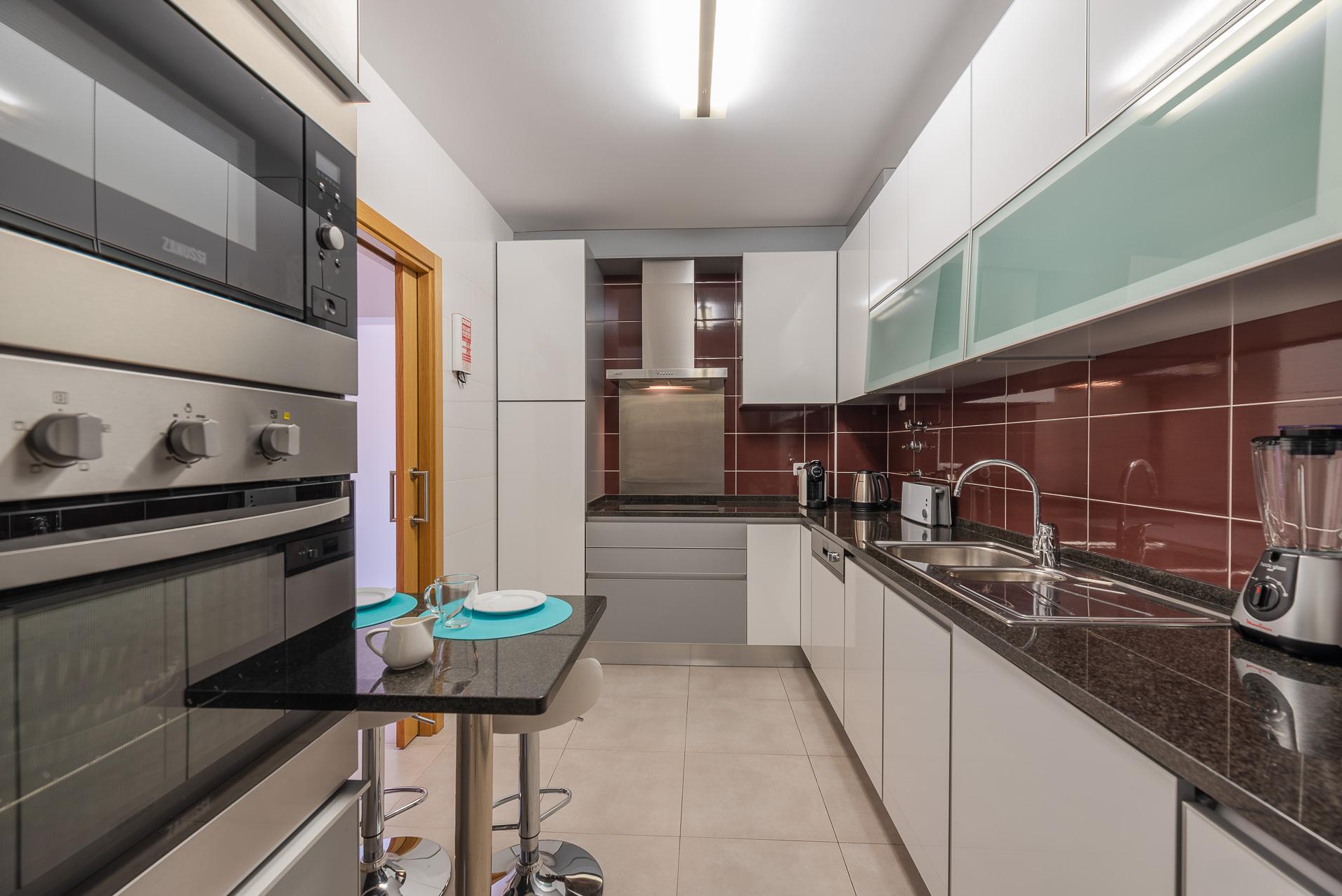 Apartamentos e moradias para alugar, Casa do Cipreste em Albufeira, Portugal Algarve, REF_IMG_10888_10893