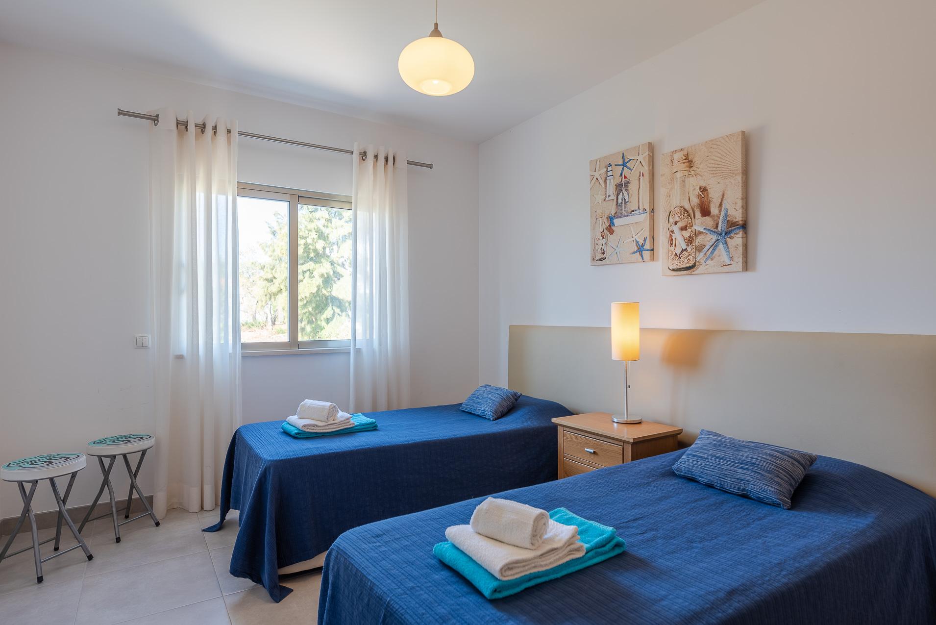 Apartamentos e moradias para alugar, Casa do Cipreste em Albufeira, Portugal Algarve, REF_IMG_10888_10895