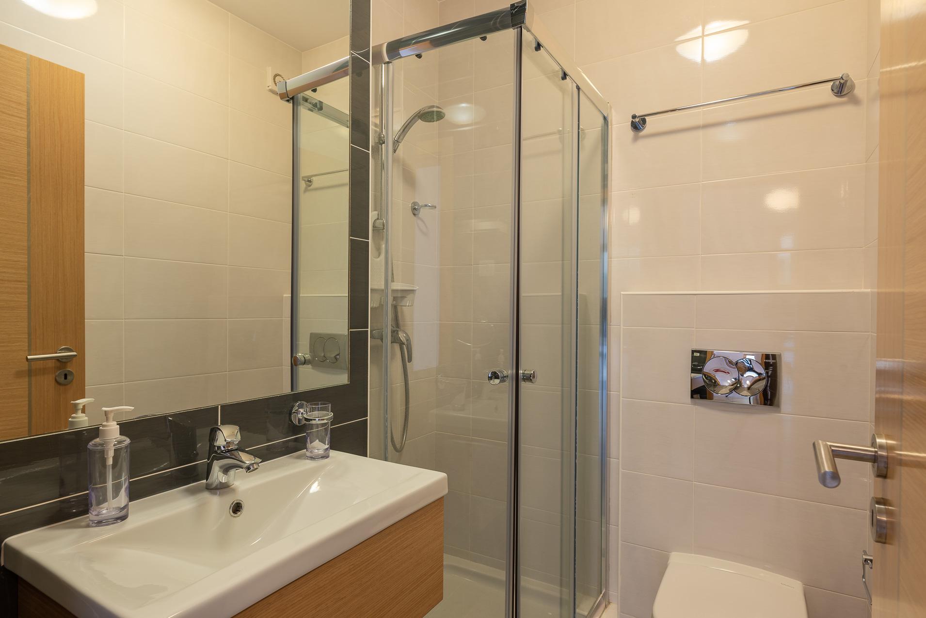 Apartamentos e moradias para alugar, Casa do Cipreste em Albufeira, Portugal Algarve, REF_IMG_10888_10896