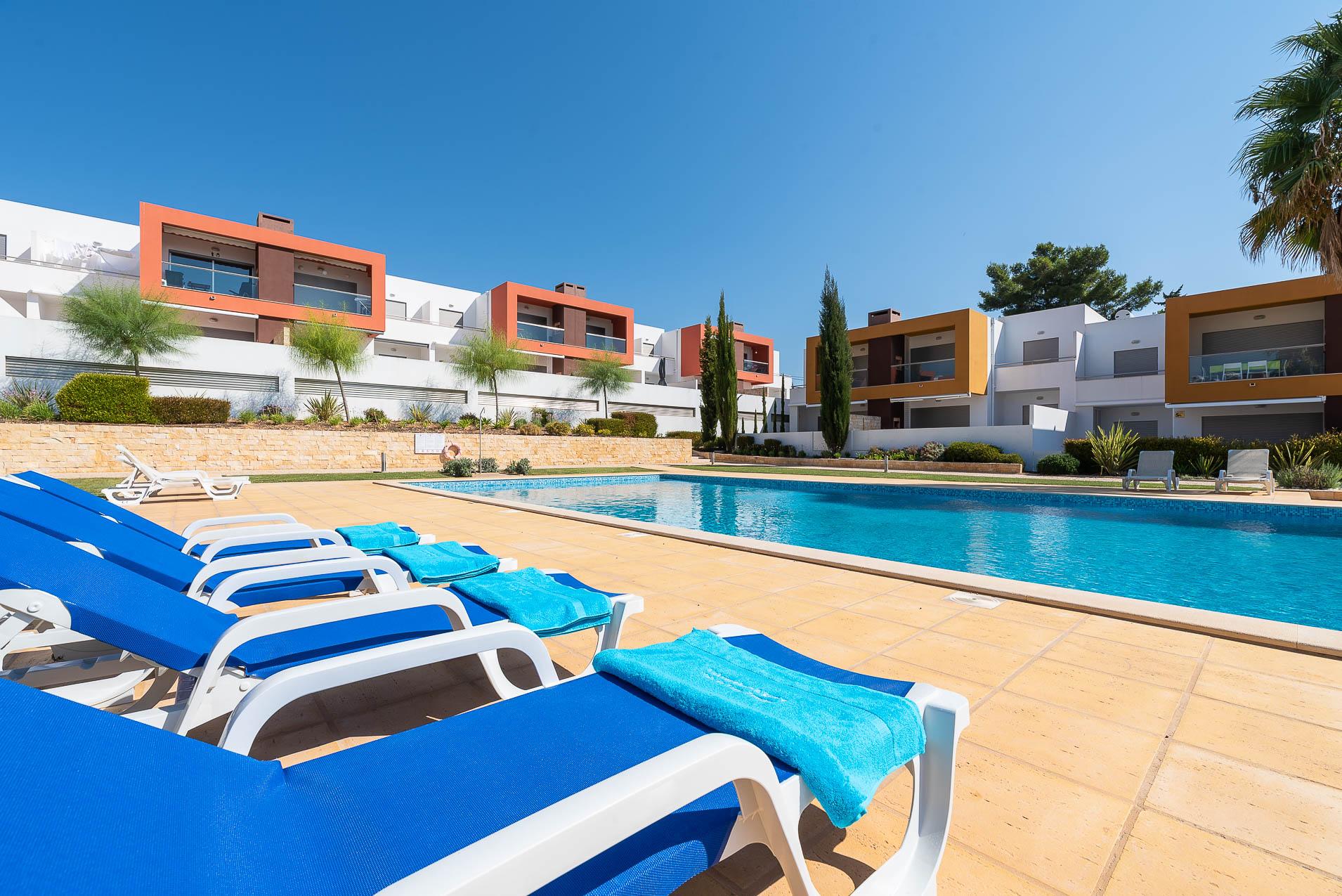 Apartamentos e moradias para alugar, Casa do Cipreste em Albufeira, Portugal Algarve, REF_IMG_10888_10901