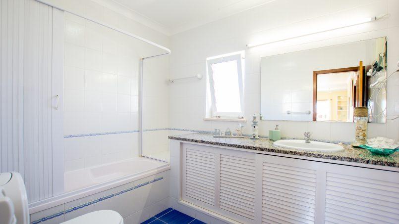 Apartamentos e moradias para alugar, UltraSpacious Villa, pvt swimming-pool, near center of Lagos em Lagos, Portugal Algarve, REF_IMG_11649_11665