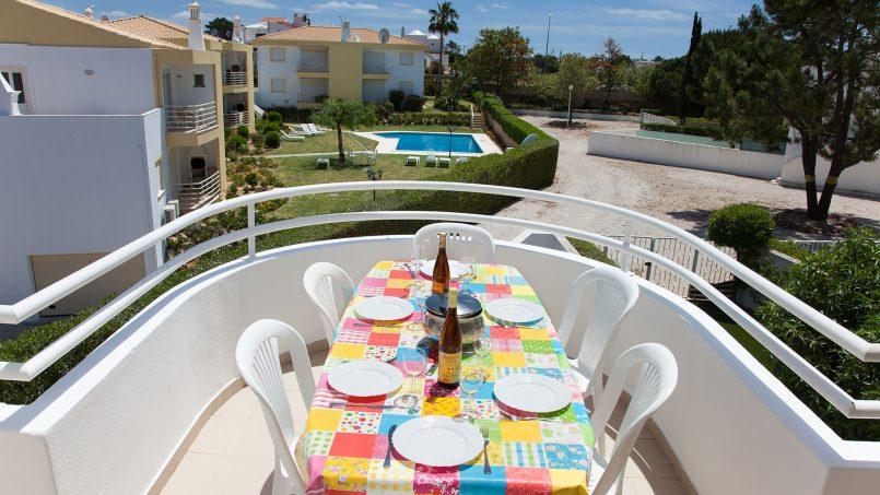 Location appartements et villas de vacance, Apartamento T2 em Condomínio Com Piscina na Praia da Galé em Albufeira à Albufeira, Portugal Algarve, REF_IMG_6121_12075