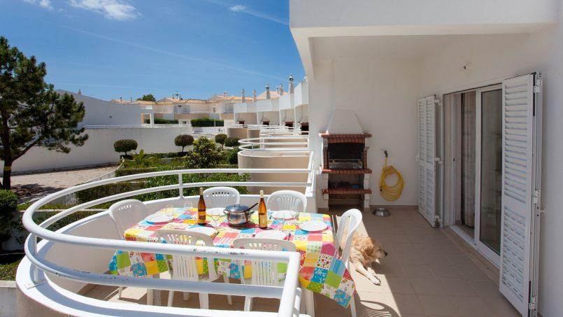 Location appartements et villas de vacance, Apartamento T2 em Condomínio Com Piscina na Praia da Galé em Albufeira à Albufeira, Portugal Algarve, REF_IMG_6121_12076