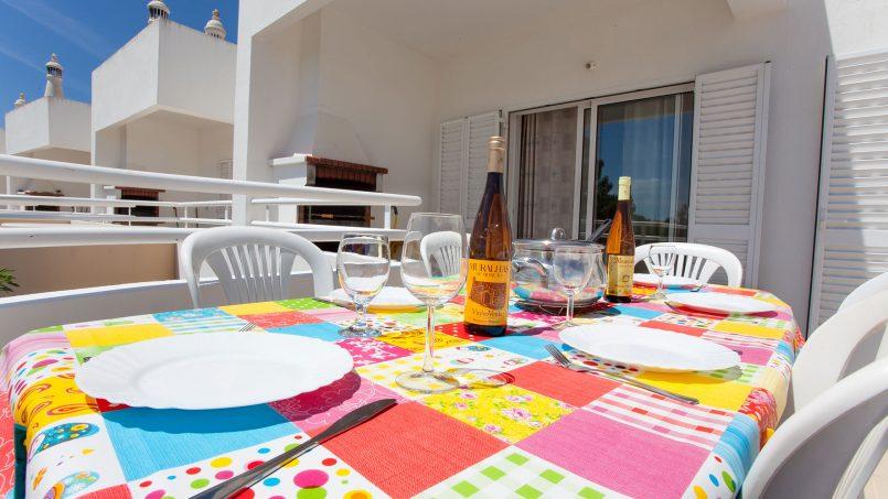 Location appartements et villas de vacance, Apartamento T2 em Condomínio Com Piscina na Praia da Galé em Albufeira à Albufeira, Portugal Algarve, REF_IMG_6121_12077