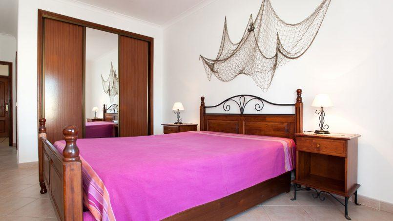 Location appartements et villas de vacance, Apartamento T2 em Condomínio Com Piscina na Praia da Galé em Albufeira à Albufeira, Portugal Algarve, REF_IMG_6121_12078