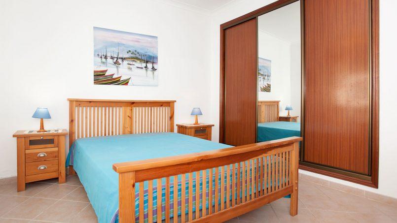 Location appartements et villas de vacance, Apartamento T2 em Condomínio Com Piscina na Praia da Galé em Albufeira à Albufeira, Portugal Algarve, REF_IMG_6121_12082